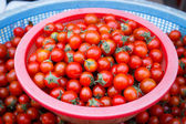 Cherry tomatoes at a market in Korea — Stock Photo