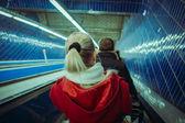 Kırmızılı kadın — Stok fotoğraf