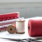 Spool of thread . Sew accessories. — Stock Photo #45366037