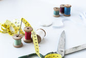 Multi-colored threads for sewing — 图库照片
