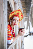 Russian girl in a kokoshnik — 图库照片