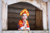 Russian girl in a kokoshnik — Стоковое фото