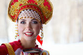 Russian girl in a kokoshnik — Stock fotografie