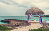 Wedding arch decorated on caribbean beach — Stock Photo