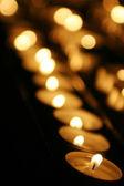 Kerzen in der kirche — Stockfoto