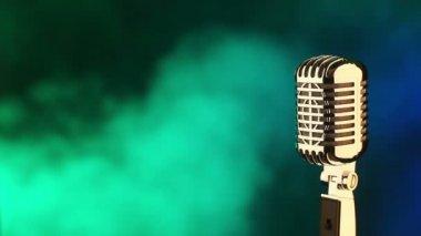 Ročník mikrofon — Stock video