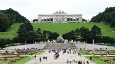 Schonbrunn palace — Stock Video