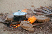 Cooking in the desert — Stock Photo