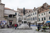 View on square in Dubrovnik — Stock Photo