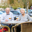 Couple of seniors enjoying beer — Foto Stock