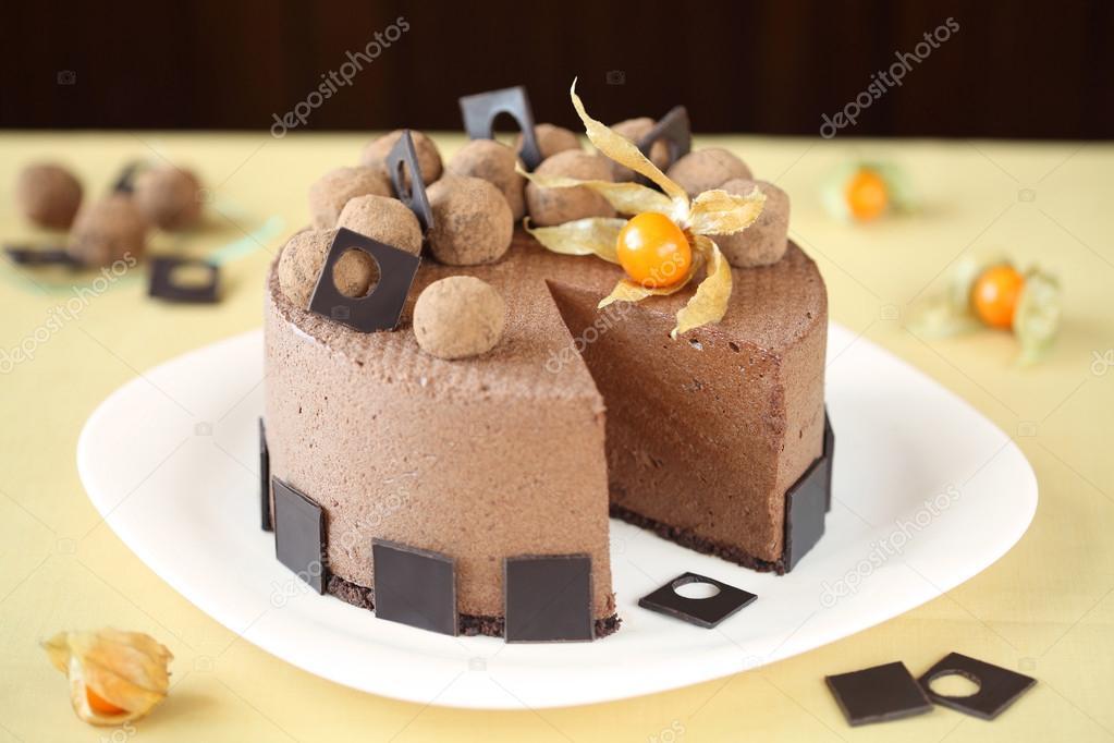 Chocolate Cake Presentation
