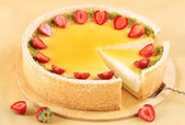 Vanilla Cheesecake with strawberries — Zdjęcie stockowe