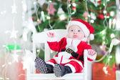 Bambino in costume santa — Foto Stock