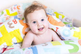 Funny little baby playing peek-a-boo — Stock Photo