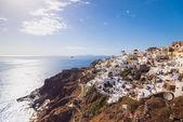 Santorini Island. Greece. Oia. White clay, white buildings. — Stock Photo