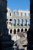 Ancient roman amphitheater in city of Pula — Stockfoto