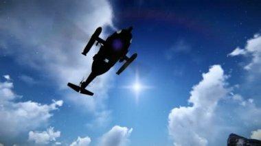 Helicóptero voando sobre uma montanha — Vídeo Stock