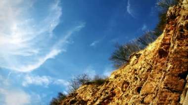 Clouds above the precipice — Stock Video