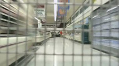 Perspective from inside a shopping cart — Stock Video