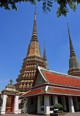 Authentic Thai Architecture in Wat Pho at Bangkok Thailand — Stockfoto