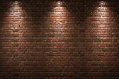 Parede de tijolos iluminados — Fotografia Stock
