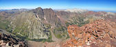 Maroon Bells as viewed from Pyramid peak, Elk Range, Rocky Mountains, Colorado, USA — Stock Photo