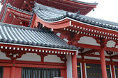 Traditional Japanese architecture at Sensoji Temple in Asakusa, Tokyo, Japan — Zdjęcie stockowe