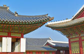 Traditional Architecture Showing Colorful Roof Detail in Seoul, South Korea — Stock Photo