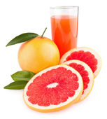 Ripe grapefruit with juice — Стоковое фото