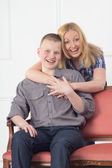 Mother and son teenager — Stockfoto