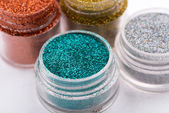 Close-up view of  powder eyeshadows  in different colours isolat — 图库照片