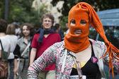 Protesta contra el veredicto y apoyar a los miembros de la banda de punk feminista pussy riot — Foto de Stock