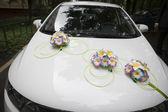 Wedding decorated car — Stock Photo