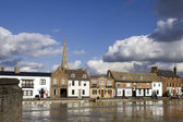 Water rises high in aftermath of February stormy weather, March 01, 2010 in St Ives, Cambridgeshire, UK — Stock Photo