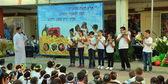 Escolares celebrando shavuot (pentecostés) — Foto de Stock