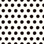 Polka dot black and white painted seamless pattern — Stock Vector