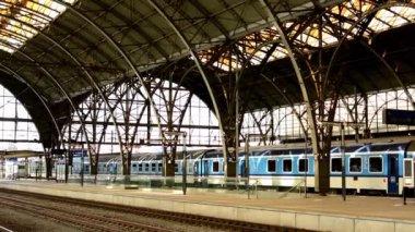Train Station in Prague, Czech Republic — Stock Video