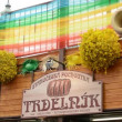 Easter markets - shop with Trdelnik (cake) - with Easter decorations. Old Town Square in Prague. — Stock Video #45022305