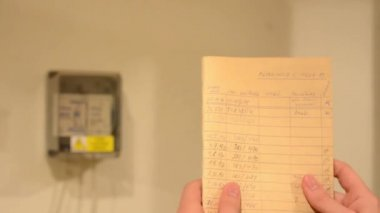 Τεχνικός έλεγχος της κατανάλωσης ηλεκτρικής ενέργειας — Αρχείο Βίντεο