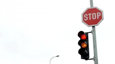 Traffic light with road sign STOP — Stock Video