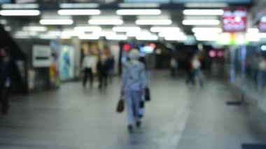 Commuter people - people in the subway - blurred shot — Stock Video