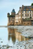 蒙圣米歇尔修道院的视图 — 图库照片