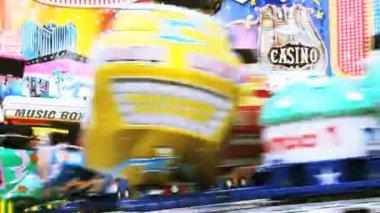 Carousel luna park — Stock Video