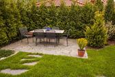 Patio in de tuin — Stockfoto