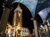 BATUMI, GEORGIA - JULY 17: Piazza, the famous square in the old town of Batumi on July 17, 2013 by night. Piazza is known for its cafes and restaurants — Stock Photo