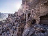 在乔治亚州 vardzia 洞穴市修道院 — 图库照片