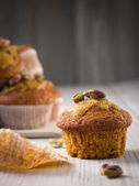 Whole grain carrot muffins — Stock Photo