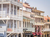 TBILISI, GEORGIA - MARCH 01, 2014: Architecture of the Old Town in Tbilisi, Georgia, close to the sulphur baths. The Old Town of Tbilisi is a major tourist attraction of the country. — Stock Photo