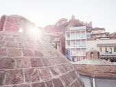 TBILISI, GEORGIA - MARCH 01, 2014: Architecture of the Old Town in Tbilisi, Georgia, close to the sulphur baths. The Old Town of Tbilisi is a major tourist attraction of the country — Stock Photo