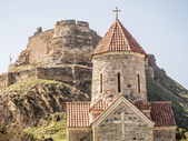 Ruins of the Gori Fortress  and the church in font of it in Gori — Stock Photo